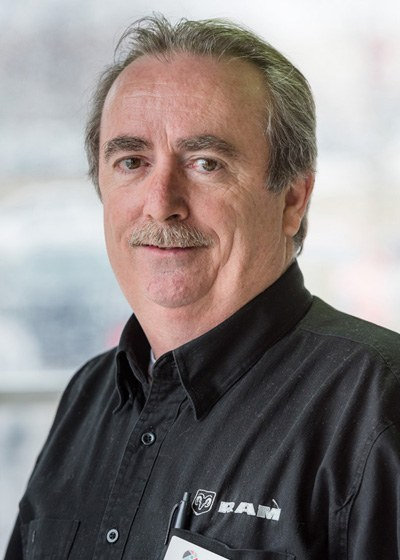 Mark  Praught