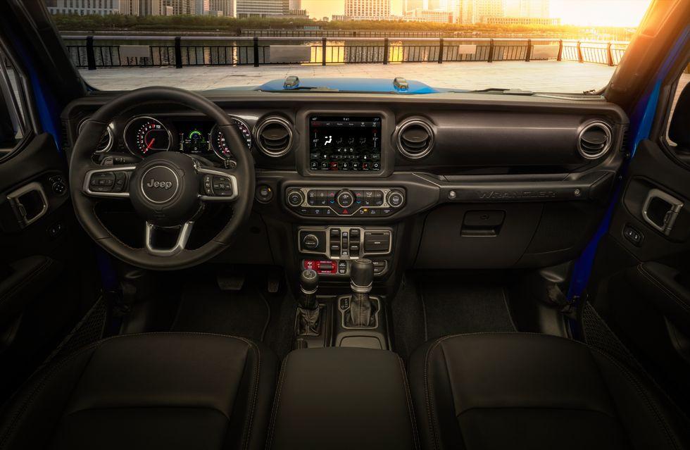 Jeep 392 interior